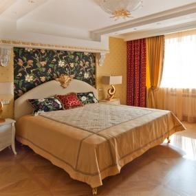 Фото штор в спальню неоклассика